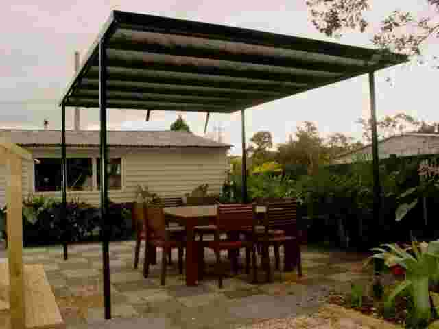Retractable Awnings - DSC03427 copy.jpg