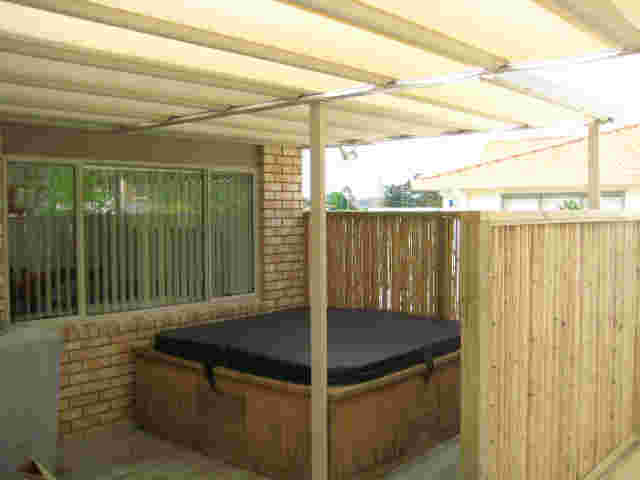 Retractable Awnings - IMG_1101 copy.jpg