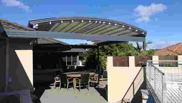 Retractable Roof - IMG_20180226_095010 copy 2.jpg