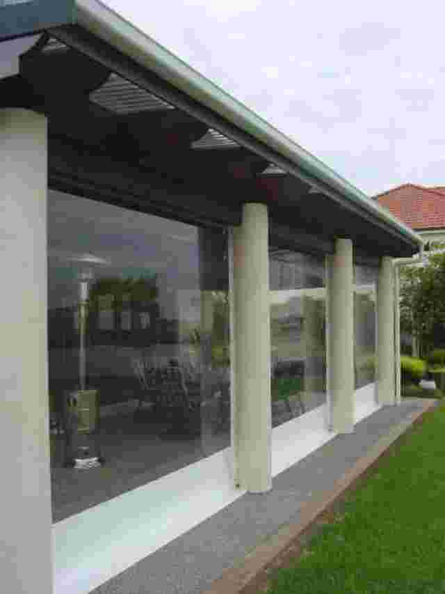 Patio Screens - retractable_awning_house_2 copy.jpg